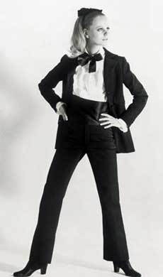Женский смокинг от Yves Saint Laurent