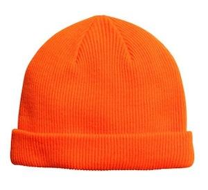 Акриловая шапка