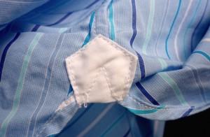 Ластовица (на рубашке Turnbull&Asser)