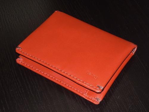 Красный кошелек Bellroy