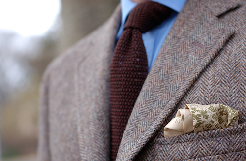 Tweed knitted tie
