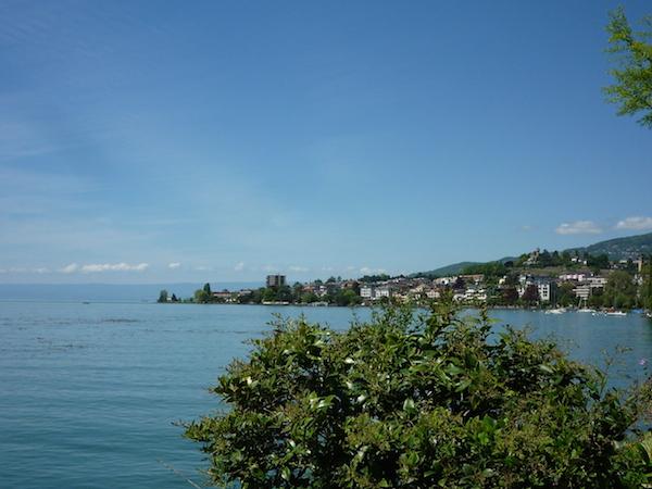 Женевское озеро и панорама Монтре