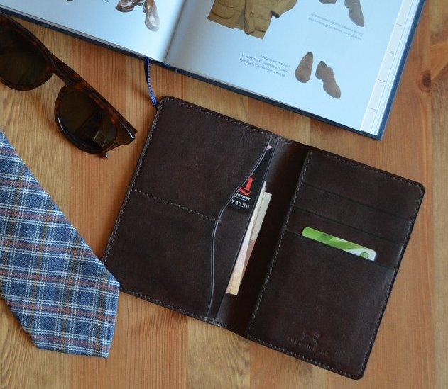 FIH wallet2