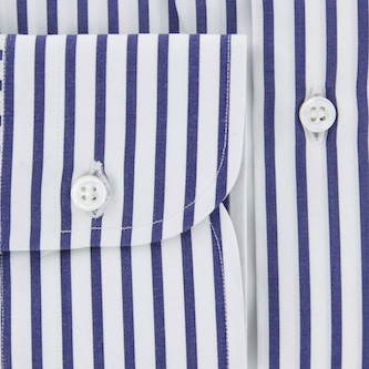Fray shirt cuff