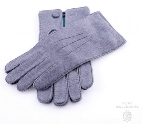 peccary_gloves_in_gray_alpaca_lined_handsewn_by_fort_belvedere_grey