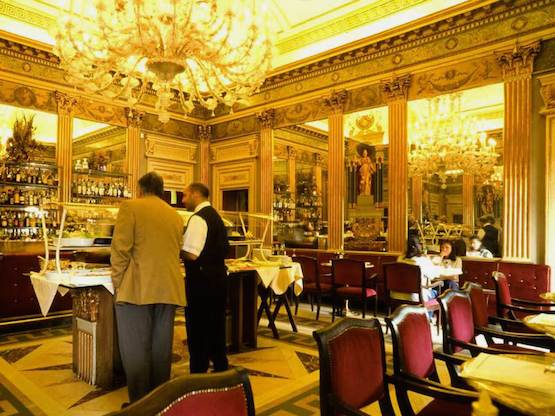 Caffe San Carlo interior2
