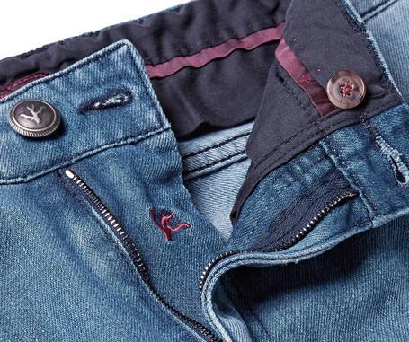 Isaia_jeans_interior