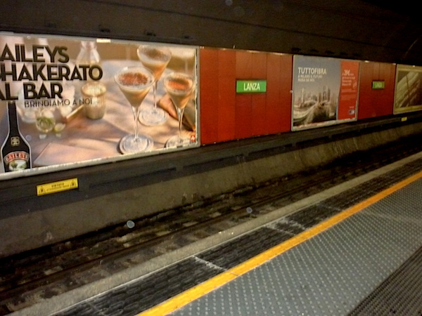 Lanza metro Milano