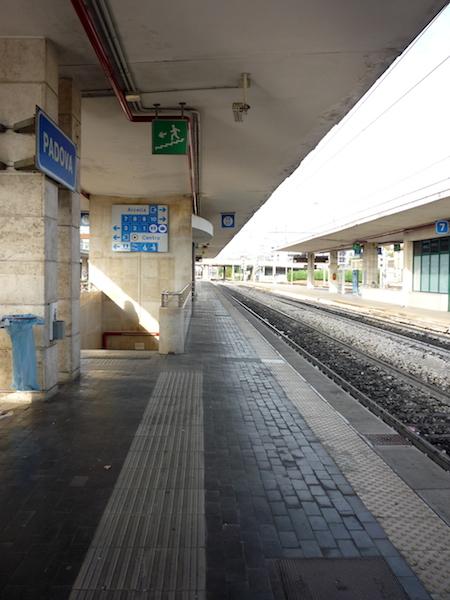 Platform-Italy