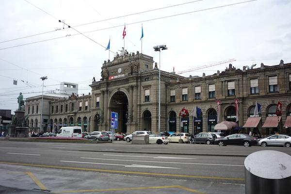 Zurich_Banhof