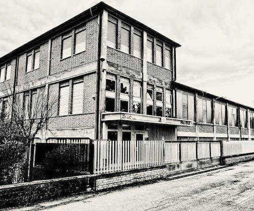 Старая фотография фабрики Aldo Brue