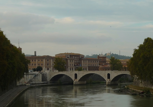 Rim-Trastevere-bridge