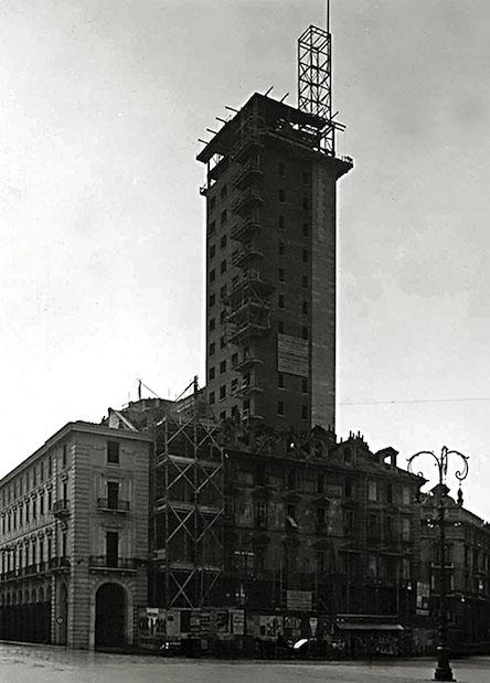 TorreLittoria-in_costruzione