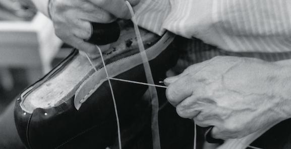 Hand-welting_Santoni