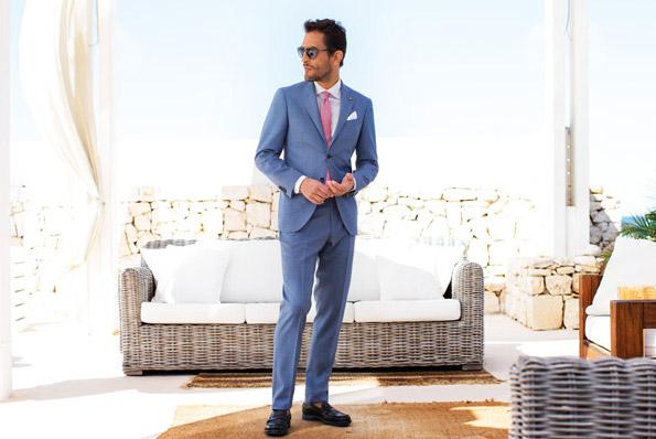 Latorre_suit