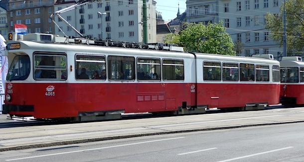 Old-Wien-tram2