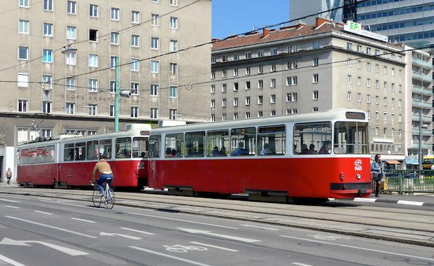Old-Wien-tram3
