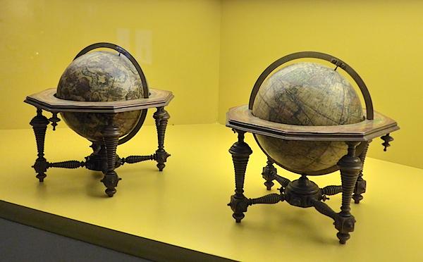 Глобусы Винченцо Коронелли