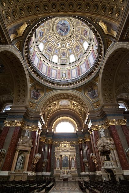 Базилика Святого Стефана - интерьер
