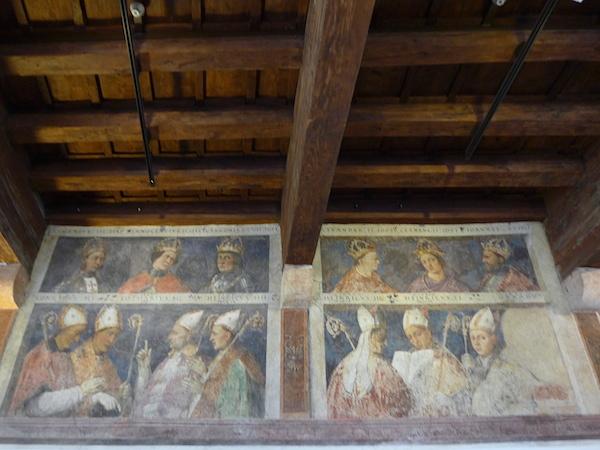 изображения епископов Тренто в Sala Vescovi