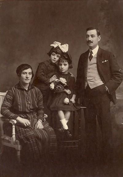 Manoel Pocas и его семья