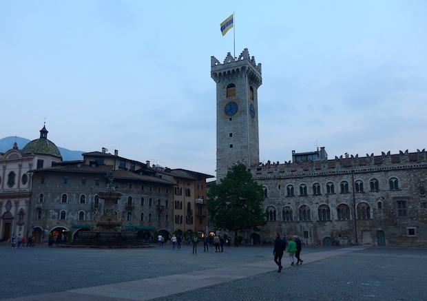 Palazzo_Pretorio-Piazza_Duomo