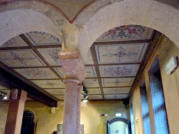 интерьер в доме Джульетты в Вероне