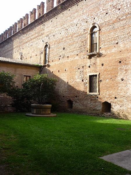 крепостная стена Верона