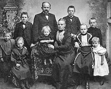 семья Фальке