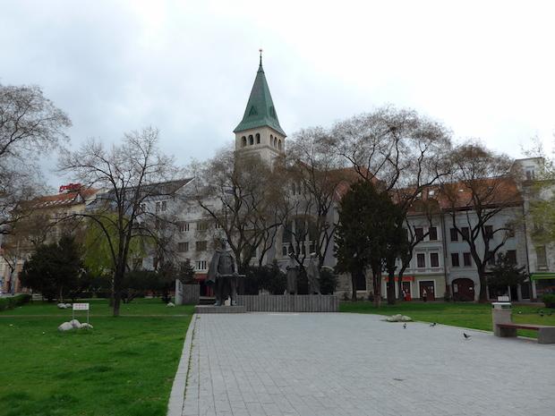 namestie SNP Bratislava