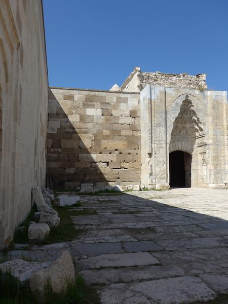 Султанханы в Турции