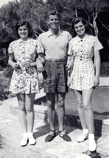 Джон Кеннеди летом молодой