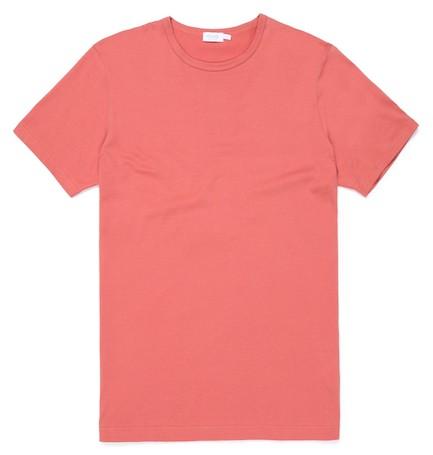 коралловая мужская футболка