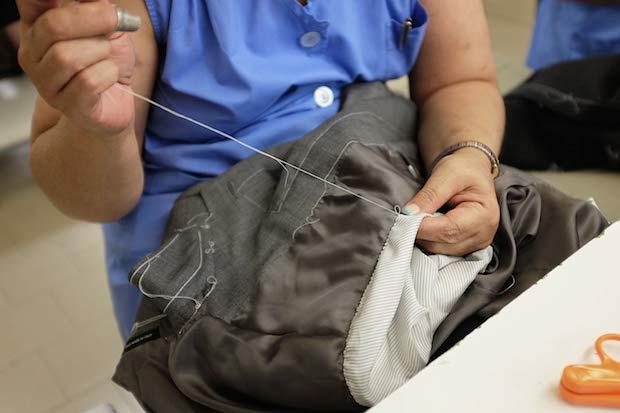 Производство пиджака Caruso