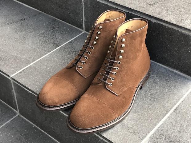 ботинки из коричневой замши
