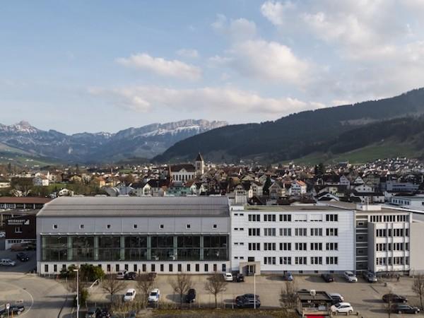 производство тканей в Швейцарии
