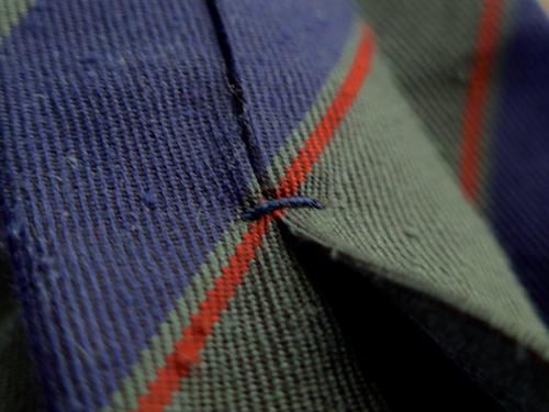 закрепка на галстуке