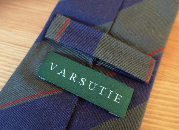 Детали галстука Varsutie