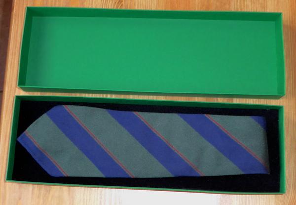 галстук в подарочной упаковке