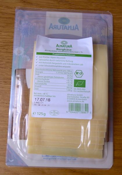 сыр в упаковке Alnatura