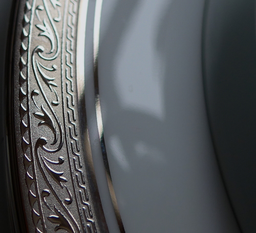 платиновое покрытие на тарелке