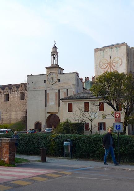 ворота в крепость