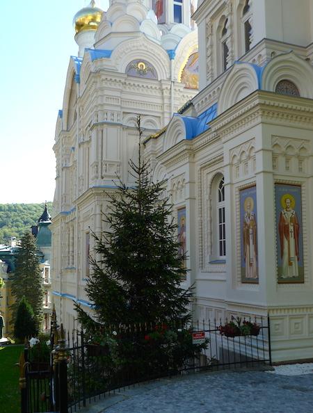 фрагмент храма святых Петра и Павла