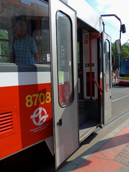 низкопольный трамвай Чехия