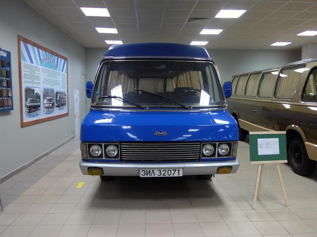 ЗИЛ-32071