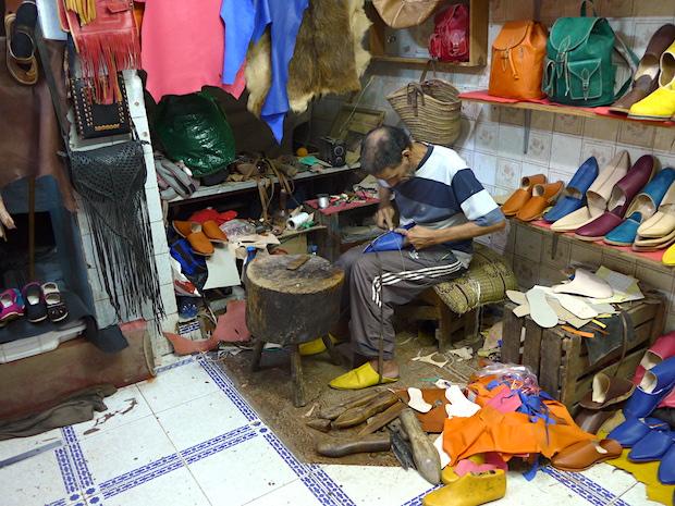 мастерская по пошиву бабушей
