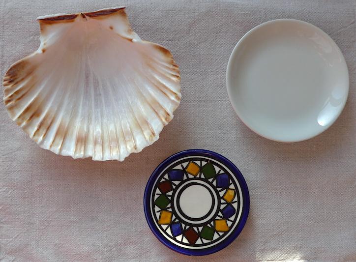 тарелочки и раковина для косточек