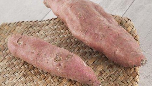 клубни сладкого картофеля