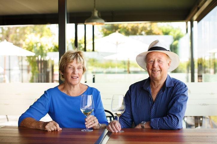владельцы винодельни Lake Chalice