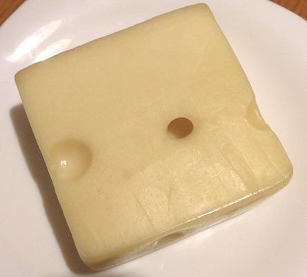 швейцарский маасдам